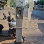 עיריית חולון החלה בפירוק תאי הטלפון הציבוריים ברחבי