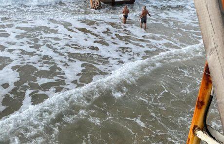 מצילים את חוף הסלע בבת-ים