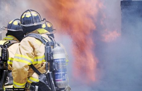 שריפת משאית בחצר מפעל
