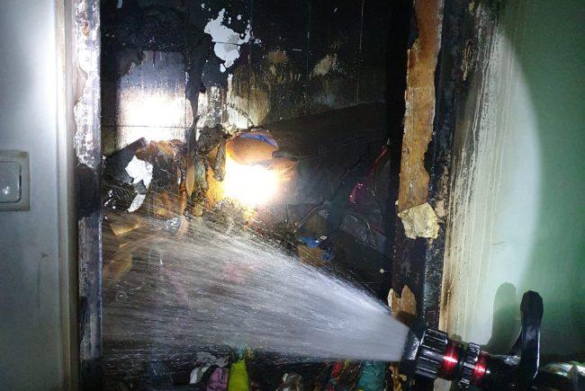 צפו בשרפה ברחוב סמילצ'נסקי בראשון לציון.