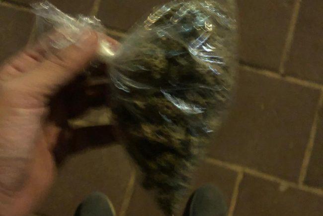 סחר בסמים עם קטינים
