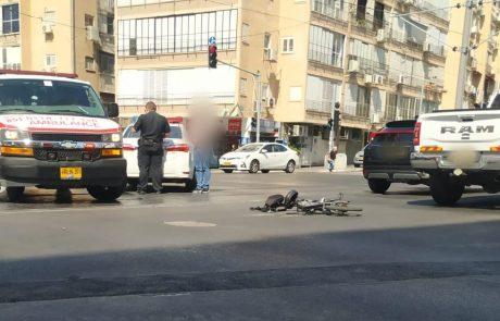 תאונה דרכים בין רוכב אופניים חשמליים לרכב פרטי