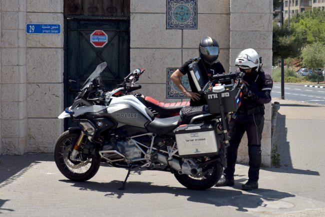 נתפס ללא רשיון על אופנוע גנוב