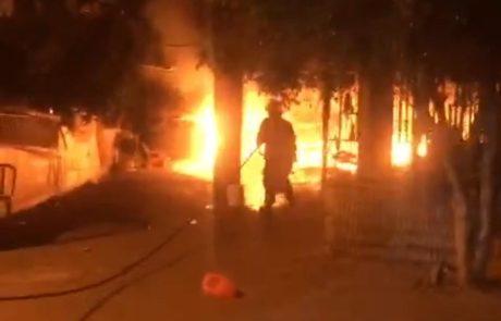שרפת פסולת באמצע הלילה גרמה לפינוי דיירים ממבנה