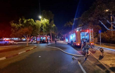 שרפה משתוללת סמוך לקאנטרי בחולון